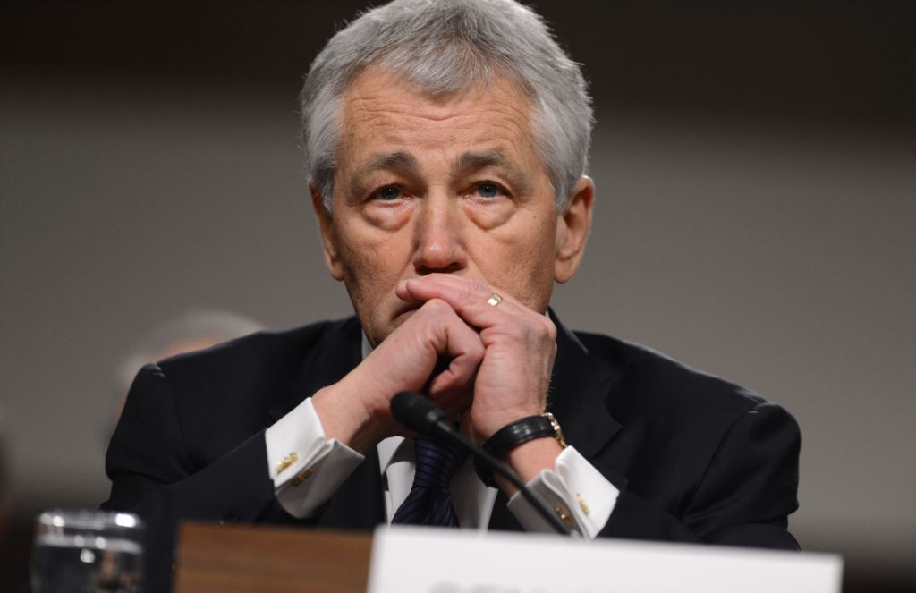 استقالة وزير الدفاع الأمريكي بسبب داعش