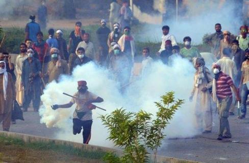هل يتكرر سيناريو انقلاب مصر في باكستان؟