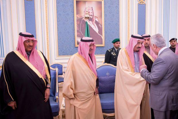 انقطاع الود مع الإمارات.. ومستشارو سلمان يتصلون بالمعارضة المصرية