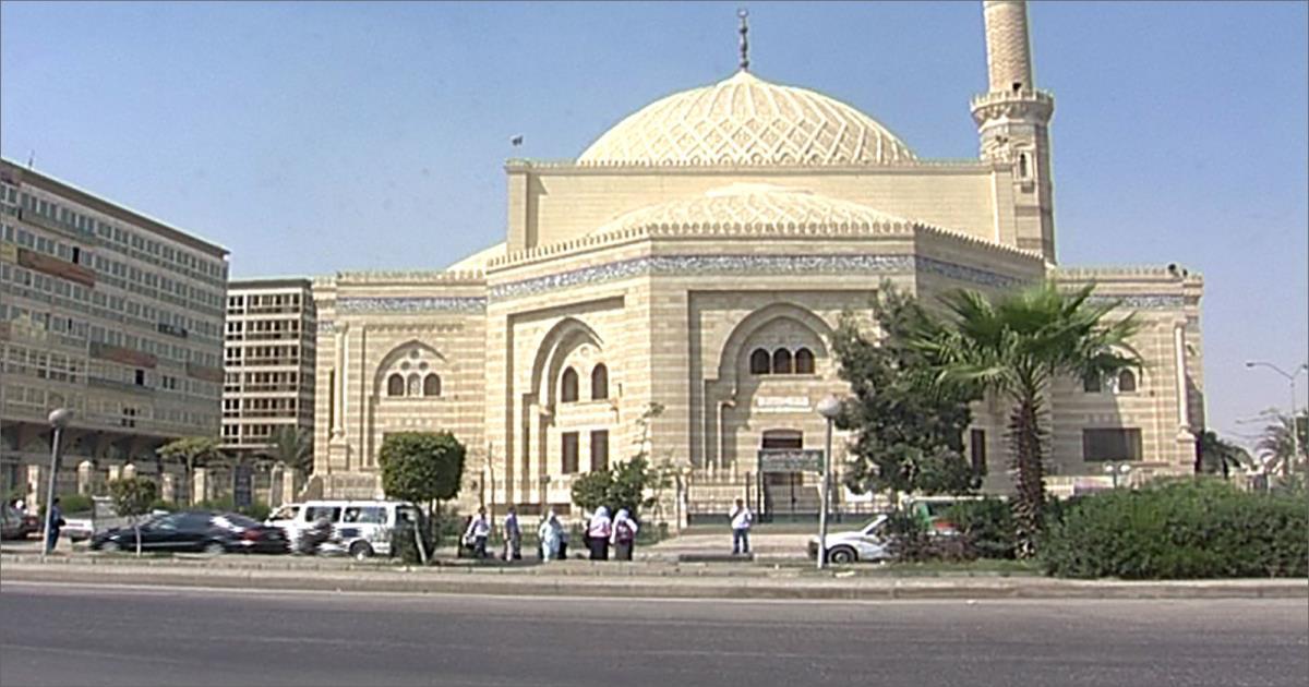 الأوقاف المصرية تحوّل أماكن في المساجد إلى بقالات
