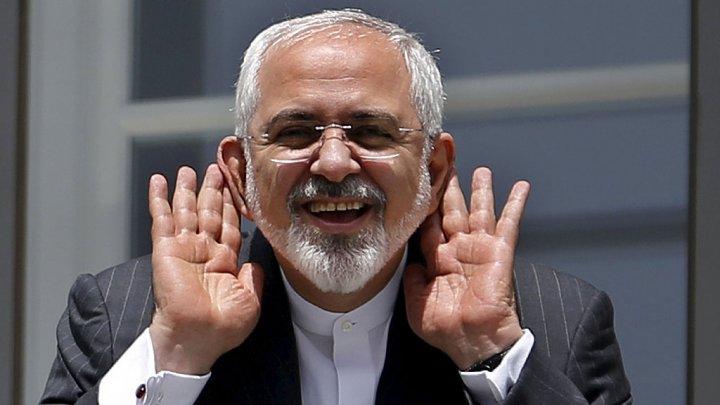 ايران تنفي تصريحات كيري بإرسال طهران أسلحة إلى الحوثيين