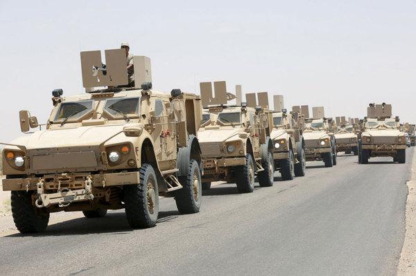 قائد قواتنا في مأرب يحذر من خطورة الألغام الأرضية على حياة الجنود