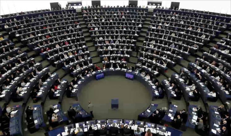برلمانية نرويجية تعبتر وقف بيع الأسلحة للإمارات