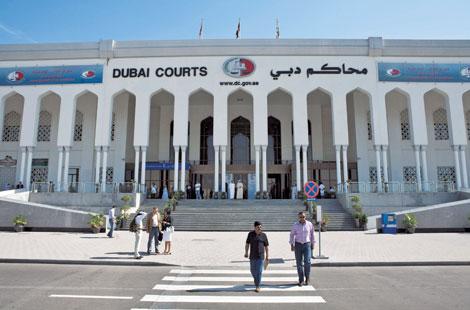 نيابة دبي تحقق في حادثة قتل ارتكبها عامل بحق زميله