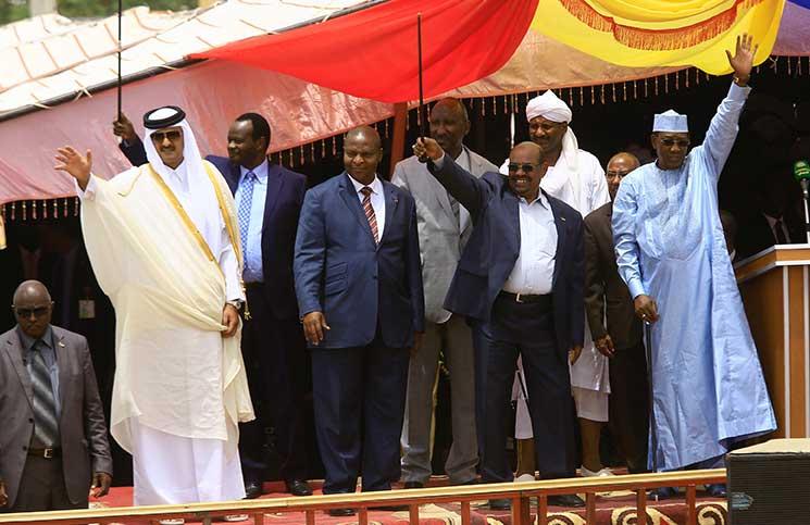 البشير يجدّد اتهامه لمتمردين في دارفور بالقتال كمرتزقة مع حفتر