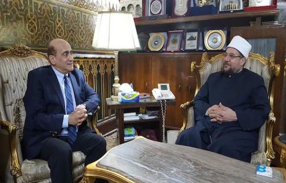 مستشاره يلتقي وزير أوقاف مصر.. والسيسي يجتمع بـترامب في نيويورك غدا