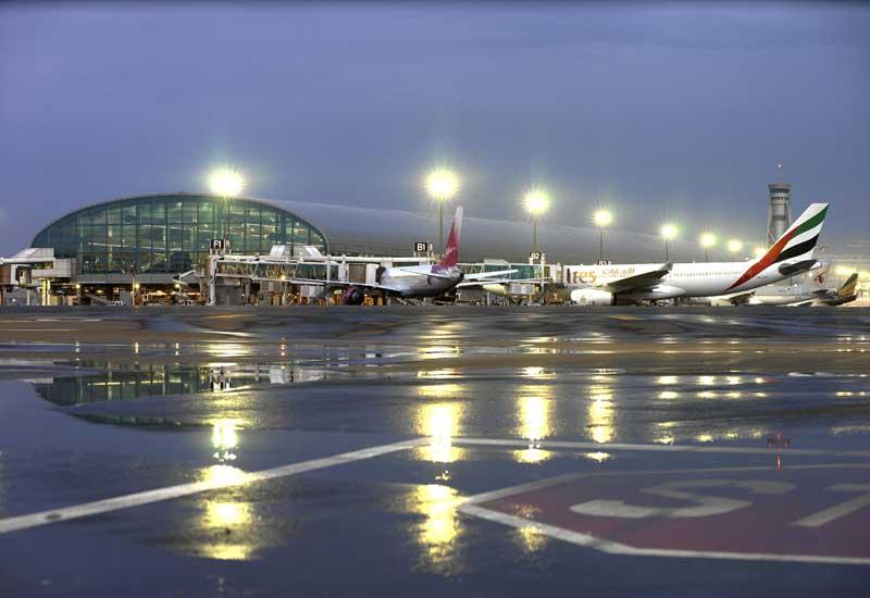 تراجع أسعار تذاكر الطيران 8% خلال العام الماضي في الدولة