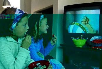 إدمان مشاهدة الأطفال للتلفاز يستمر بعد التقدم في العمر