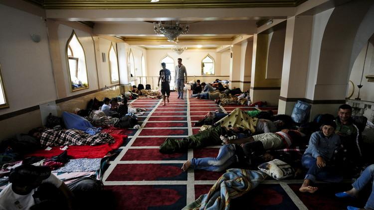 مسلمو هنغاريا ينددون بمنع بناء مسجد والنقاب