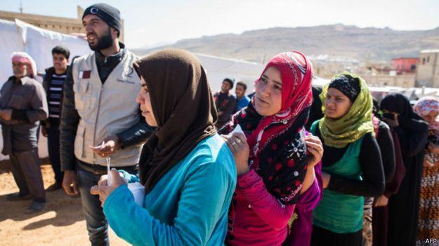برنامج الغذاء العالمي يعلن وقف مساعدات اللاجئين السوريين