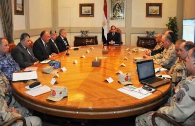 السيسي: جيشنا لا يغزو أحداً ونحن بحاجة لقوة عربية