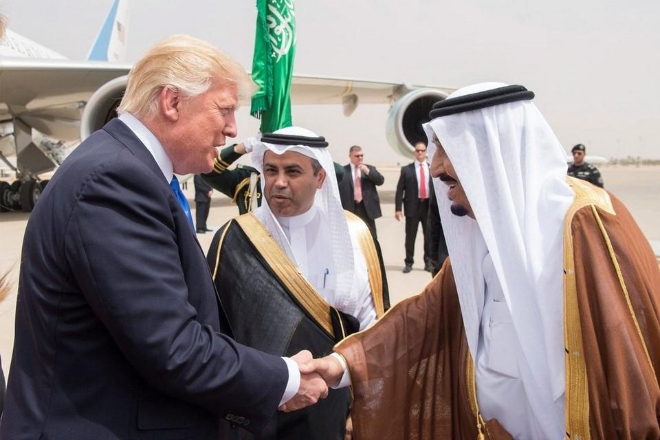 الملك سلمان يتفوق على ترامب في أحد المقاييس على تويتر