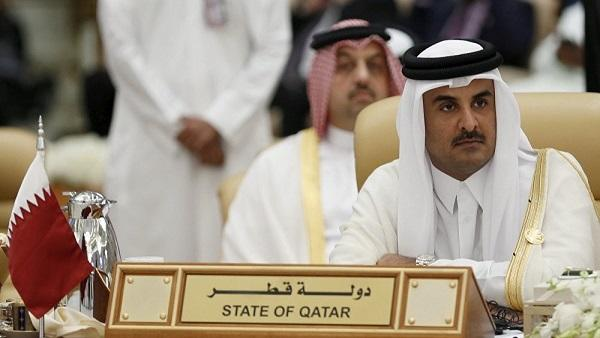 أمير قطر يعزّي السيسي بضحايا هجوم سيناء الدامي