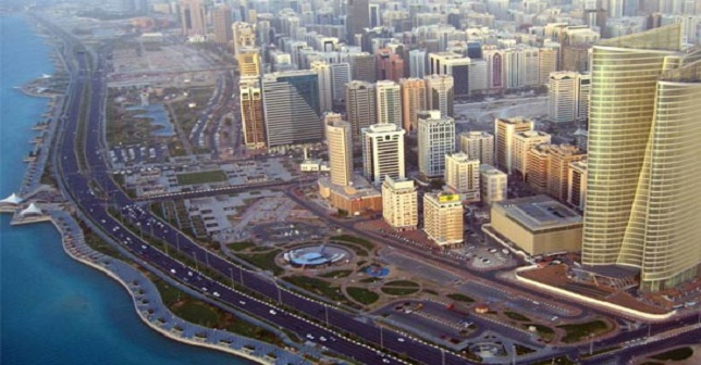 ارتفاع الإيجارات في أبوظبي تدفع المستأجرين إلى التملك أو تغيير المناطق