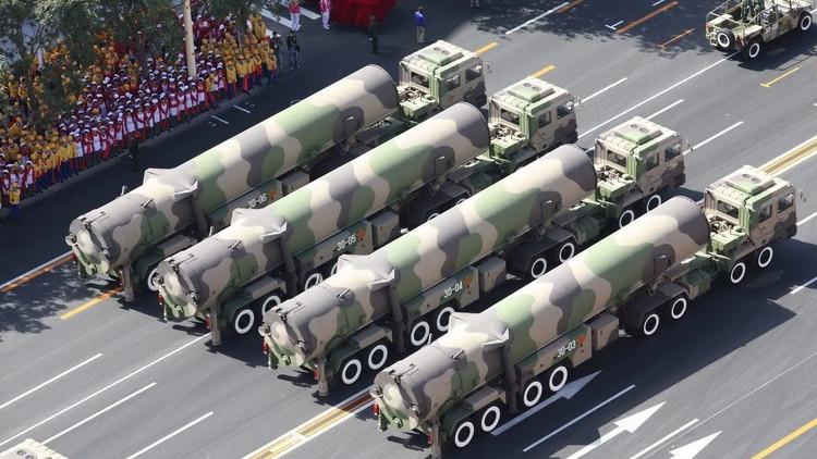 الصين تهدد ترامب بأحدث صواريخها الباليستية ومستعدة لزعامة العالم