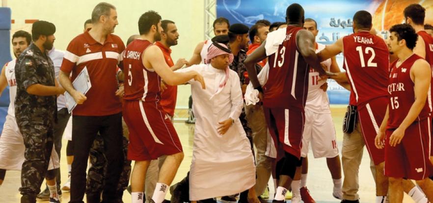 في الشارقة.. خروج على النص يفسد قمة «السلة الخليجية» بين قطر والبحرين