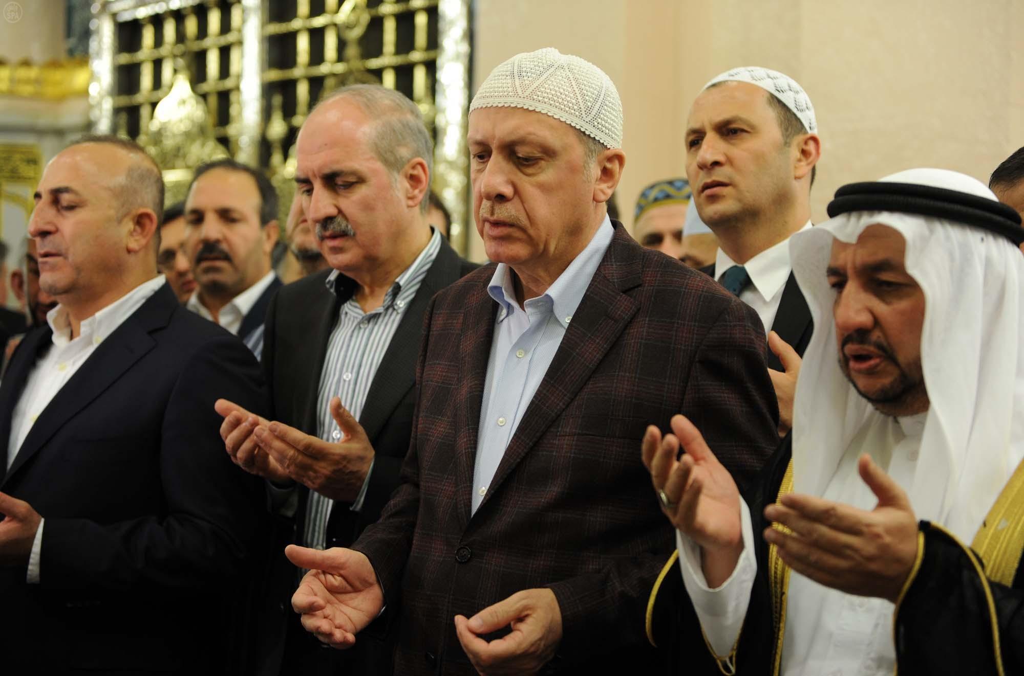 أردوغان: ينبغي تفعيل المساجد دائماً وليس فقط في أوقات الصلوات