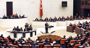 البرلمان التركي يجيز التدخل عسكريا ضد داعش في سورية والعراق