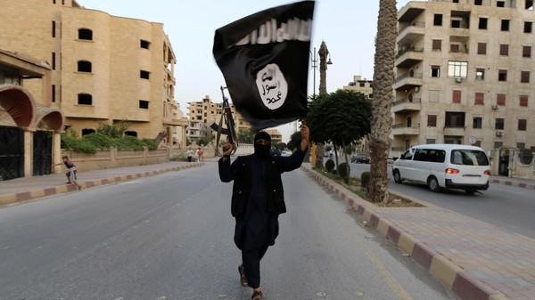 داعش يمنع تدريس الكيمياء والفلسفة في الرقة بسوريا