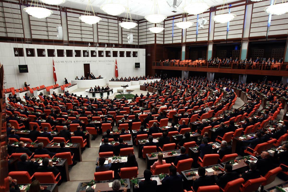 البرلمان التركي يمدد مهمة قوات بحرية في خليج عدن وبحر العرب عاما آخر