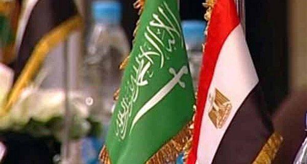 السعودية ومصر توقعان اتفاقيتين لدعم التعاون التجاري المشترك