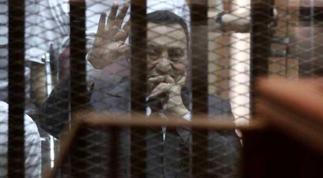 تأجيل الحكم على مبارك إلى 29 نوفمبر