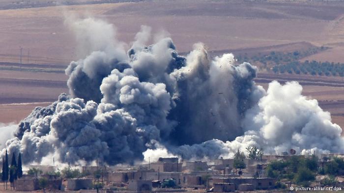 الأوبزرفر: مرتزقة بريطانيون يقاتلون داعش مع الأكراد بكوباني