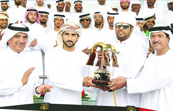 هجن الإمارات تتألق في تحديات الرموز بحـفل «ختامي المرموم»