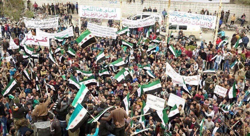 بعد توقف القصف..مظاهرات الجمعة تعود بسوريا وتؤكد على مطلب إسقاط النظام