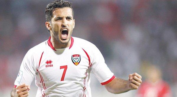 مبخوت يحصد جائزة أفضل لاعب وهداف الدوري