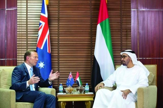محمد بن زايد يبحث علاقات التعاون مع رئيس وزراء أستراليا