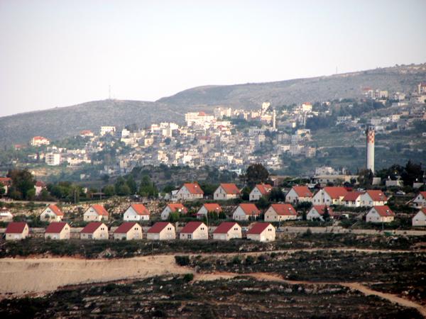 مخطط إسرائيلي لبناء 283 وحدة استيطانية جديدة غرب رام الله