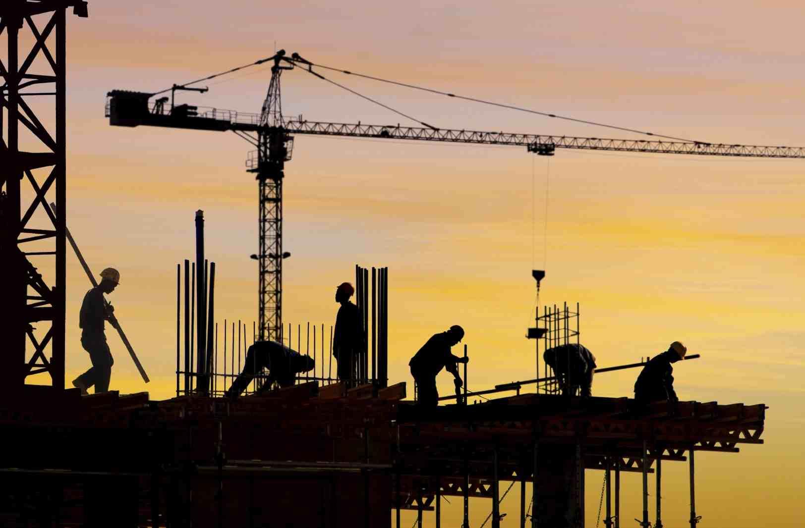 155 مليار درهم متوقعاً للإنشاءات في الإمارات 2015