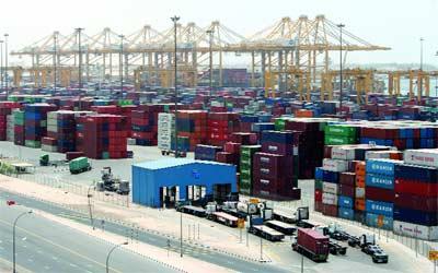 نمو التجارة الخارجية غير النفطية للإمارات 5 %