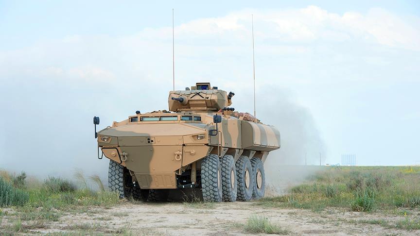 عُمان تجري اختبارات صعبة لمدرعة قتالية تركية متعددة المهام