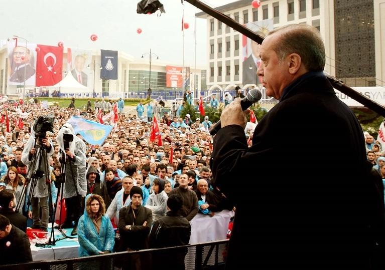 أردوغان: أوروبا أظهرت تحالفها الصليبي باجتماع قادتها بالفاتيكان