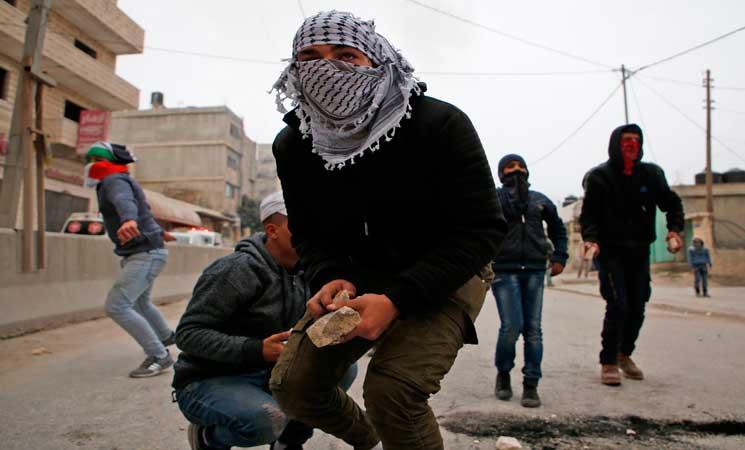 مسؤول: المركزي الفلسطيني سيبحث التخلص من كافة الإتفاقيات مع إسرائيل