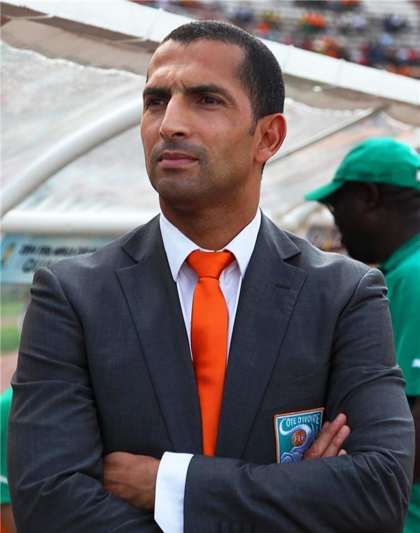 لموشي يعلن استقالته من تدريب ساحل العاج