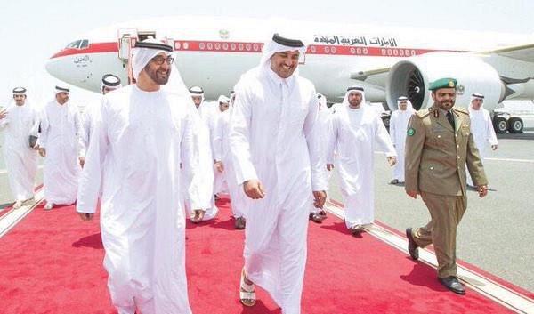 البحرين تشيد بزيارة محمد بن زايد إلى الدوحة