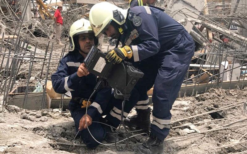 أكثر من يوم في البحث.. شرطة دبي تنتشل جثة عامل من تحت
