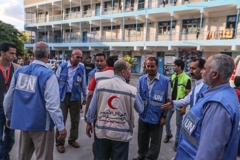 الهلال لأحمر يعلن عن برنامج لتأهيل العائدين إلى منازلهم في غزة