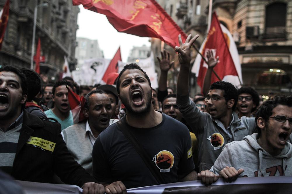 السلطات المصرية تقر تقديم امتحانات الفصل الأول خوفاً من 25 يناير