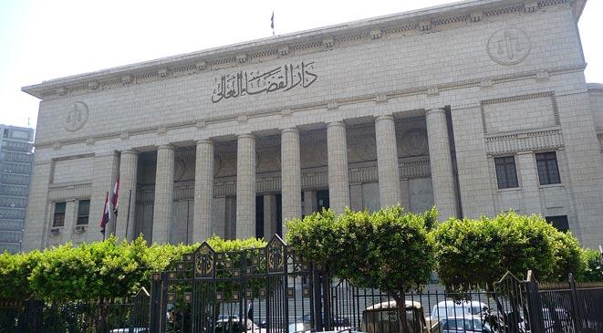 السلطات المصرية توقف 56 قاضيا عبروا عن رأيهم