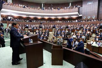 حكومة داود أوغلو الجديدة تؤكد وقوفها مع الشعبين الفلسطيني والسوري