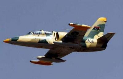 كتائب الثوار يسقطون طائرة حربية تابعة للمتمرد حفتر شرقي ليبيا