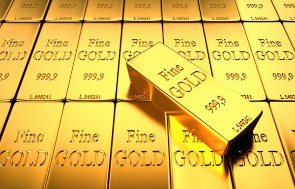 الذهب يتجه لأول انخفاض شهري منذ ديسمبر