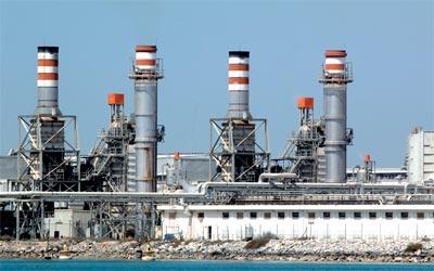 شركات مختلفة تتقدم بعروض لإدارة حقول نفط في الإمارات