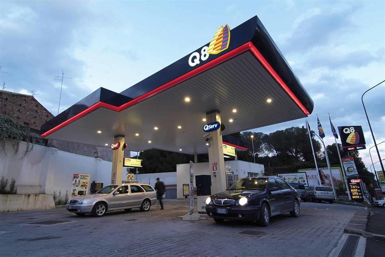 تخصيص 260 مليون دولار في عُمان لمتضرري غلاء الوقود