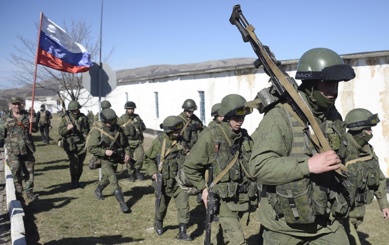 ضباط روس يقودون قوات الأسد ومليشياته لاقتحام داريا