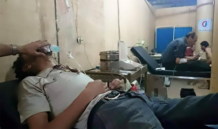اختناقات بريف دمشق جراء قصف النظام غازات سامة